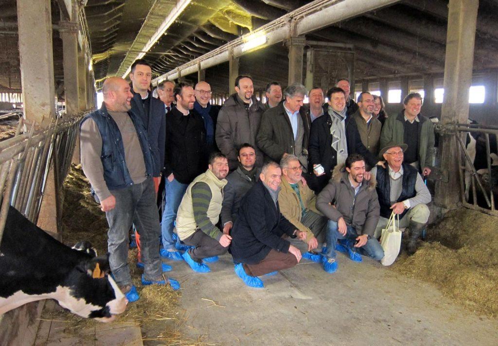 GLi allevatori e i sindaci mugellani con Dario Nardella, sindaco di Firenze, all'Emilio Sereni