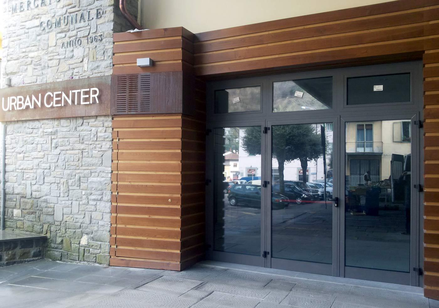 L'ingresso dell'Urban Center a Marradi