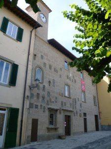 Il Palazzo Pretorio di Barberino di Mugello, sede della biblioteca comunale
