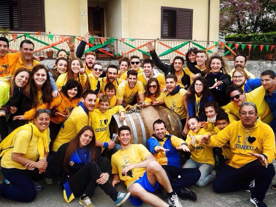 Il rione Girandola, vincitore del Palio Canta' Maggio 2015 a Barberino