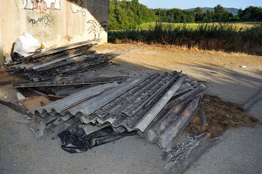bagno-maria-bilancino-mag-2015-rifiuti-discarica-abusiva-1