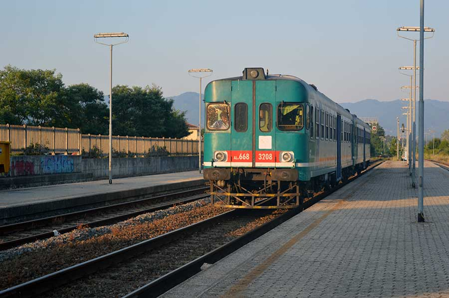la-faentina-non-si-smonta-pendolari-stazione-san-piero-2