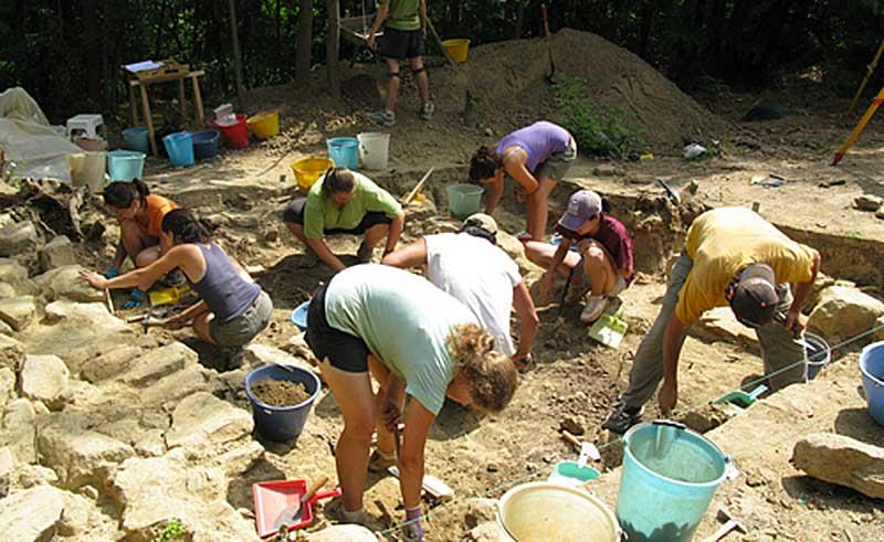 scavi-archeologici-poggio-colla