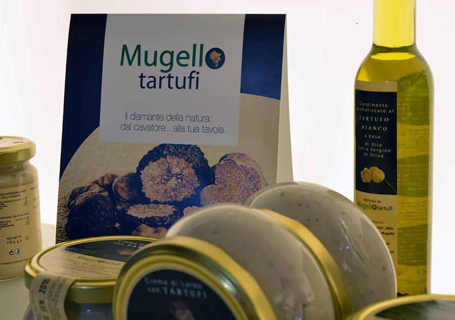 Esposizione di prodotti a base di tartufi mugellani a Toscana Fuori Expo a maggio 2015