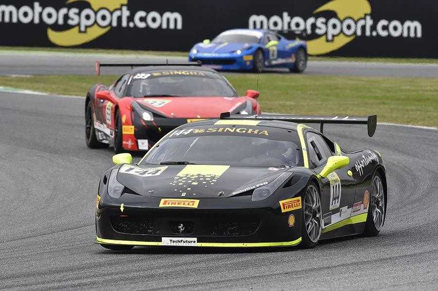 _ferrari-challenge-autodromo-1