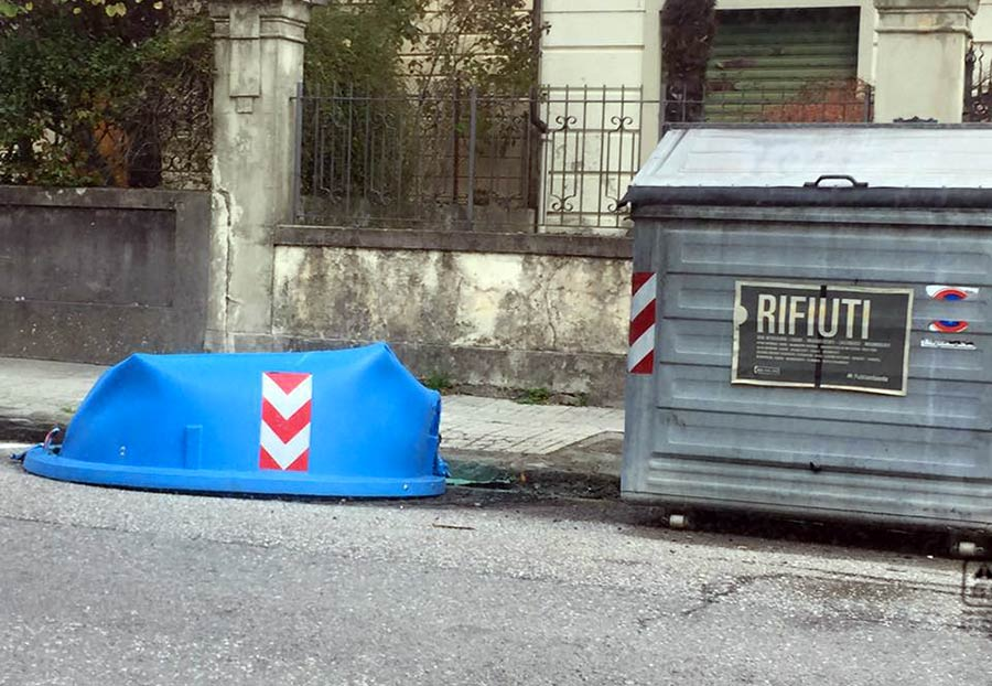 incendio-cassonetti-plastica-borgo