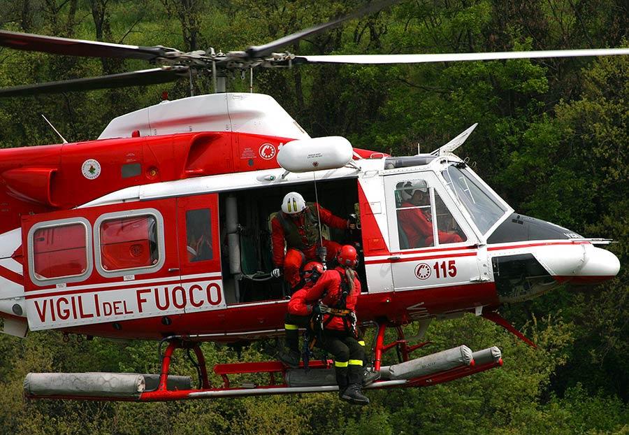 vigili-del-fuoco-elicottero-recupero