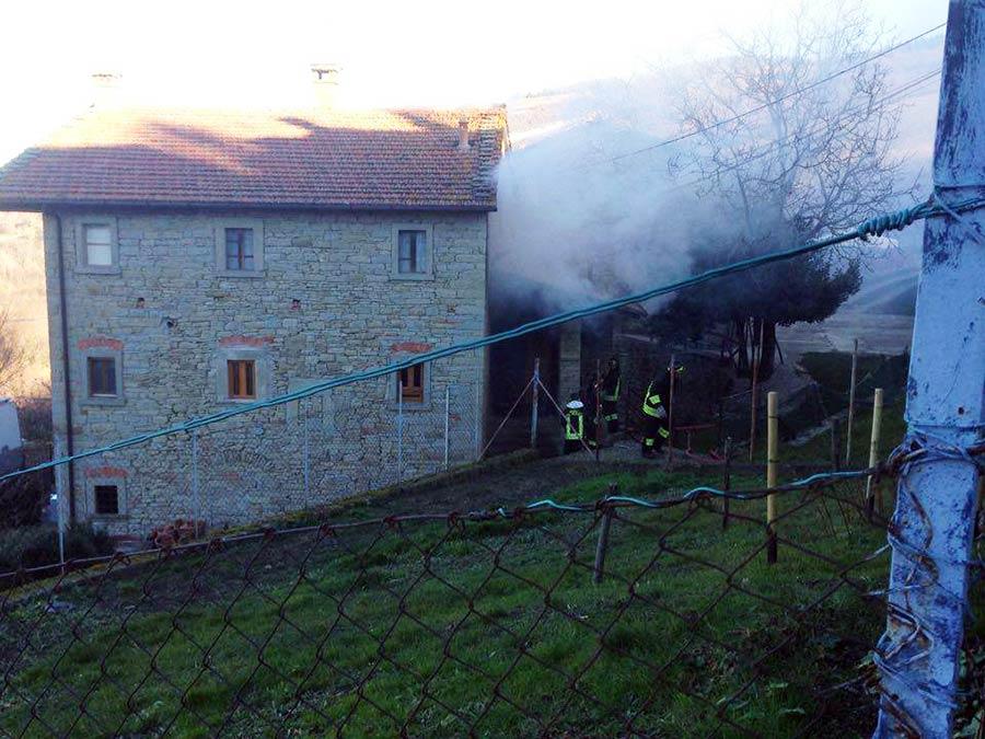 Il filo del mugello a piancaldoli un incendio della for Camino sul ponte rialzato
