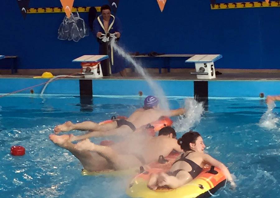 centro-piscine-notte-in-piscina-1