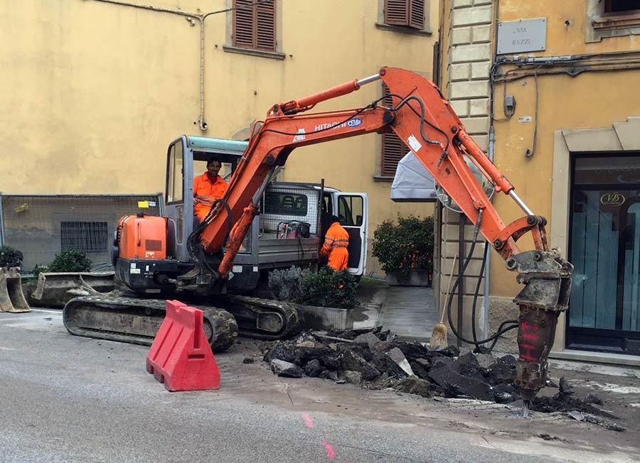 lavori-centro-marradi-opere-pubbliche-asfalto