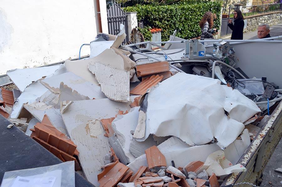galliano-furto-bancomat-esplosione-5