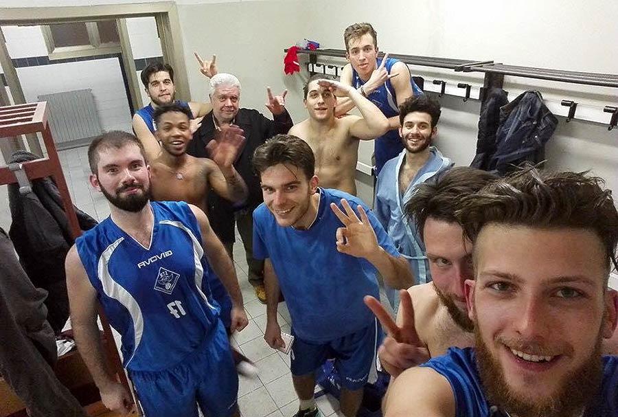 Il Selfie di squadra della Mugello 88/STM dopo la vittoria contro i Sant'Ilario Butchers