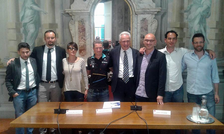 foto-conferenza-stampa-vivilosport