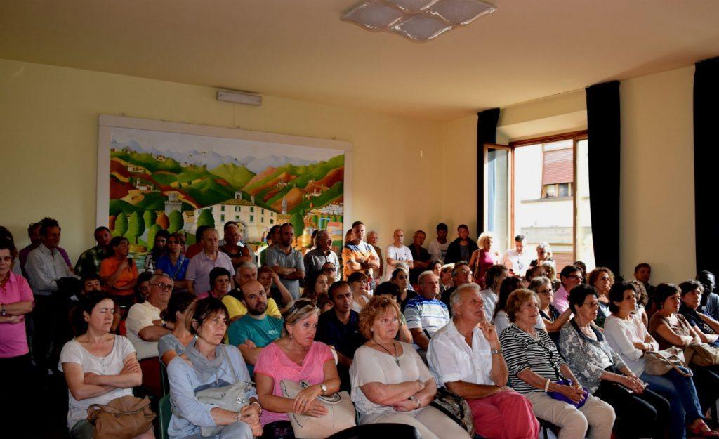 assemblea firenzuola migranti 2