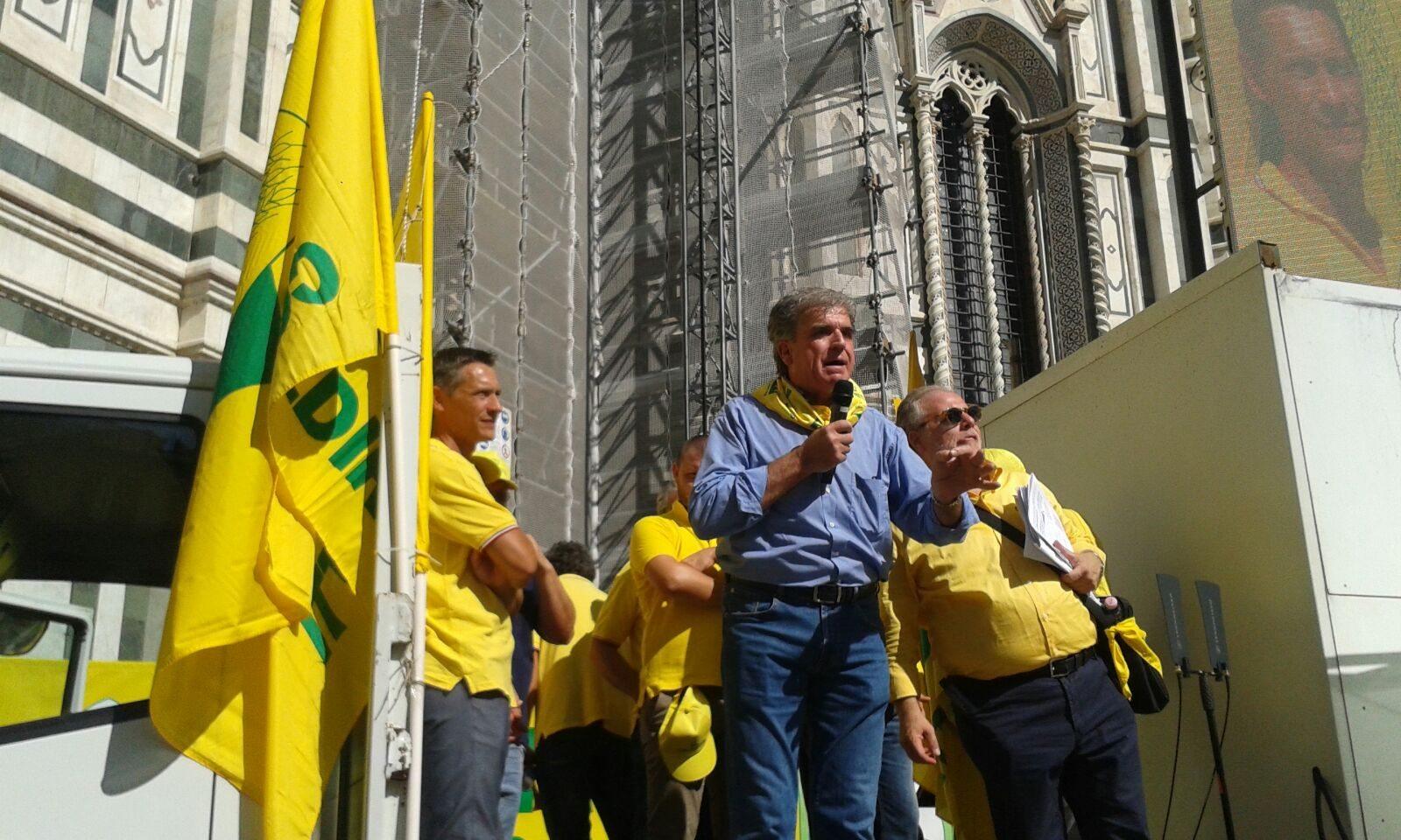 Il presidente provinciale Nocentini durante la manifestazione