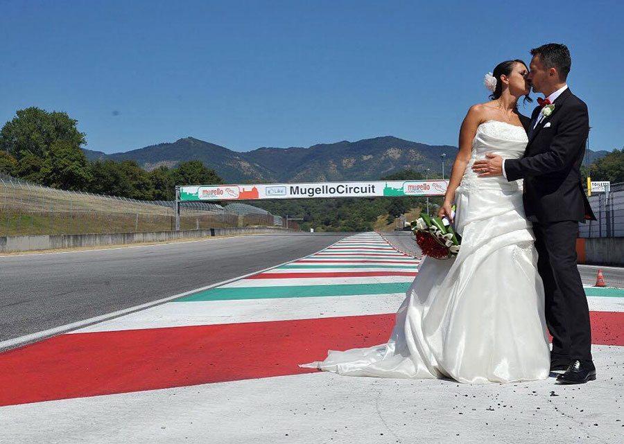 matrimonio-irene-alessio-autodromo-del-mugello-2