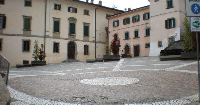 La sede della bibliote comunale di Palazzuolo sul Senio, in piazza Strigelli