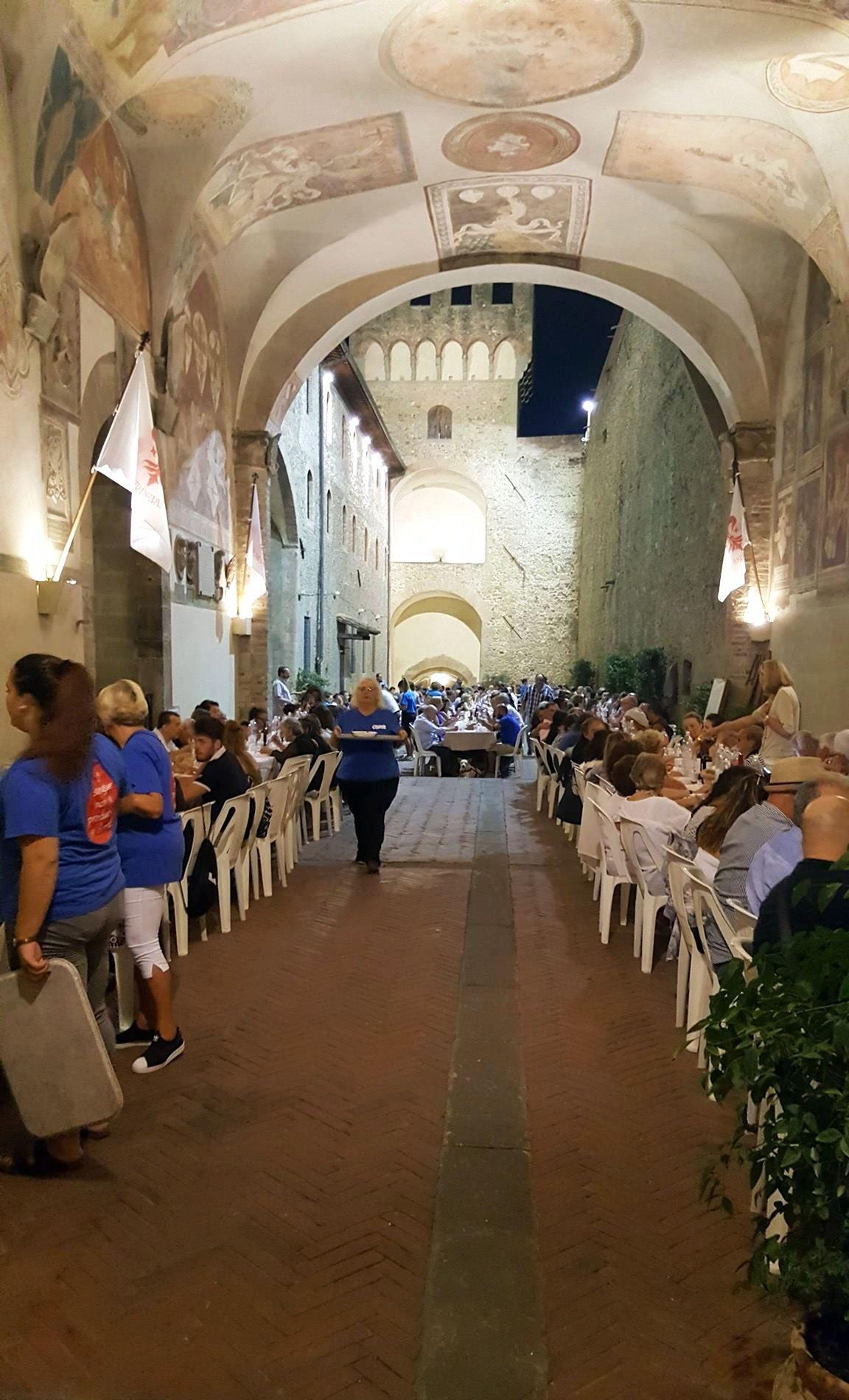 scarperia-a-tavola-misericordia-2016-3