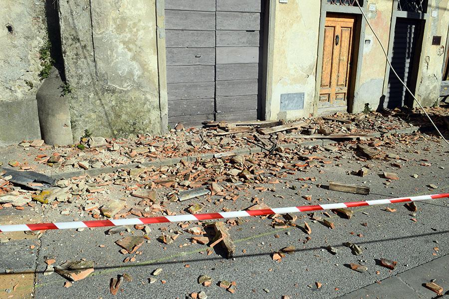 corso-matteotti-messa-sicurezza-casa-diroccata-2
