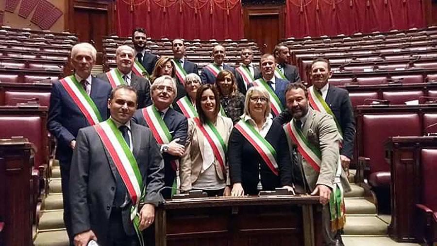 passiatore-ignesti-parlamento-3