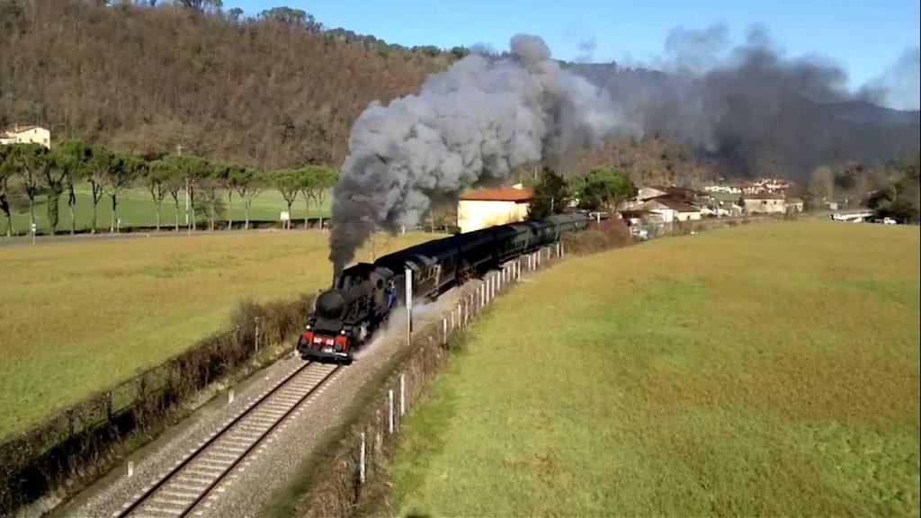treno-della-befana-treno-a-vapore