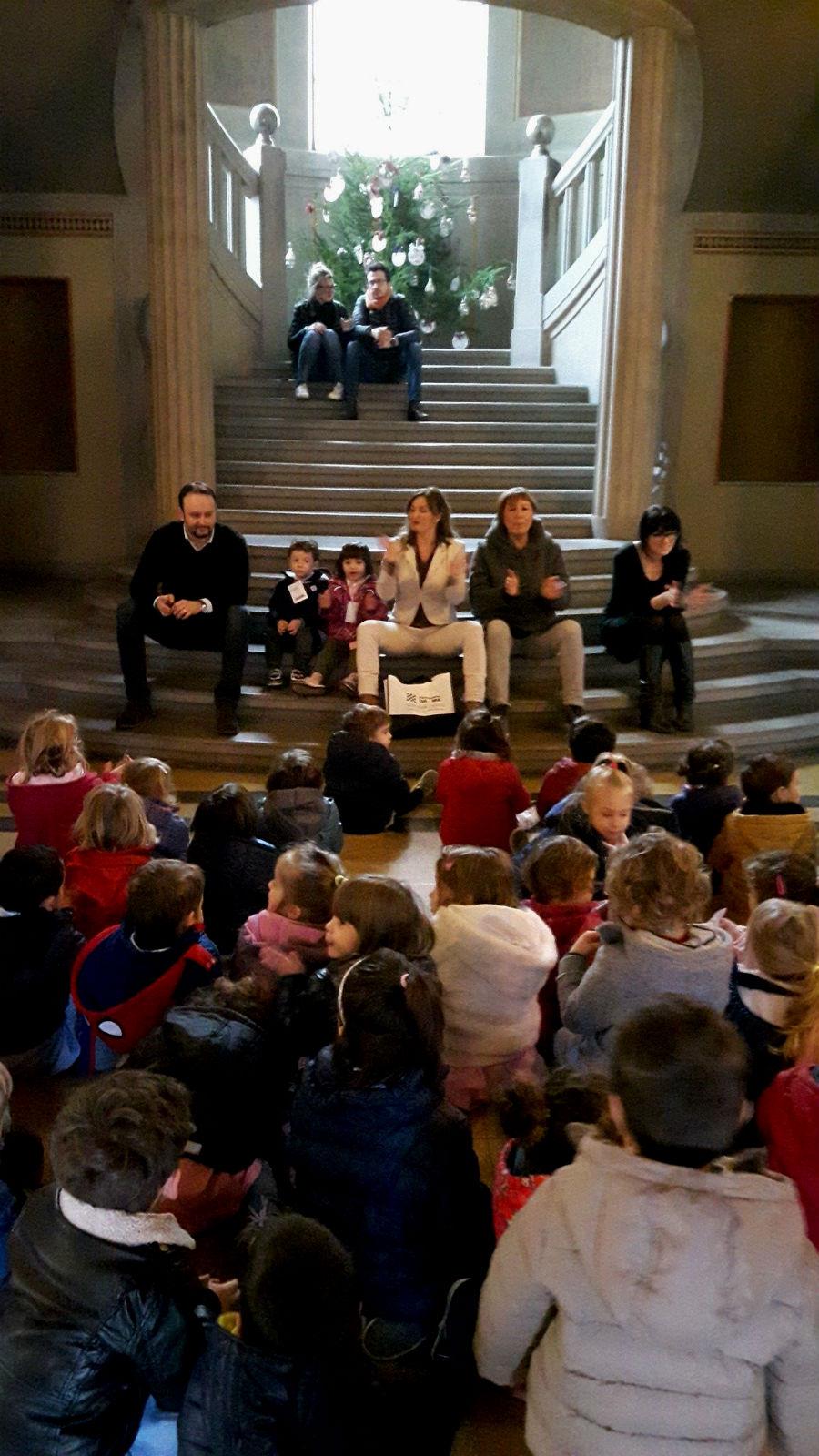 scuola-infanzia-borgo-addobbi-natalizi-2