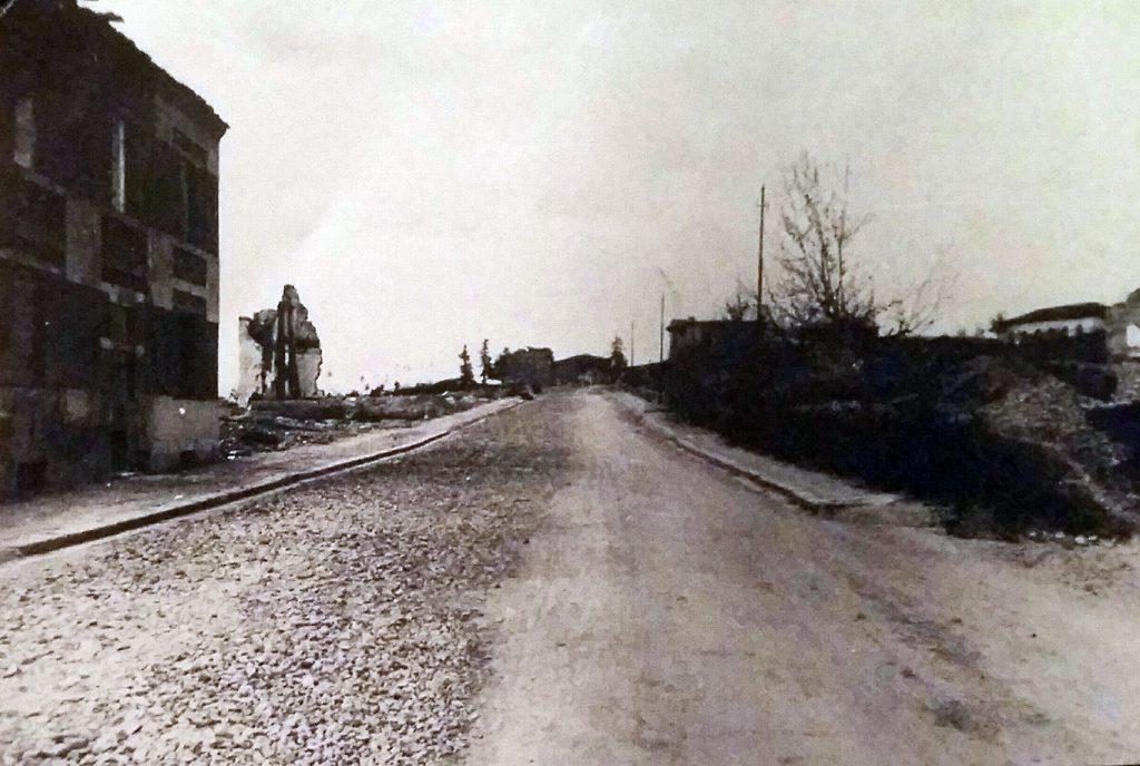 viale-della-stazione-borgo-bombardamento-1943