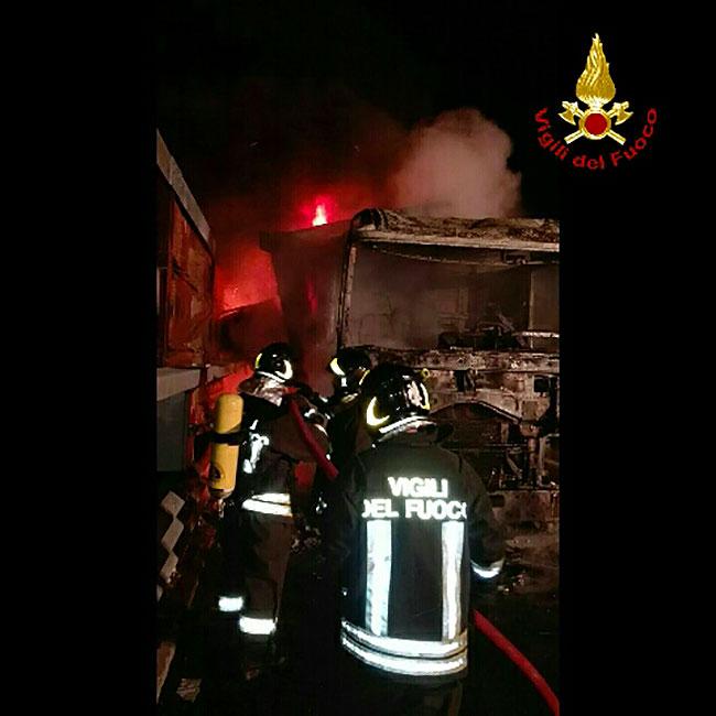 incendio-camion-a1-2