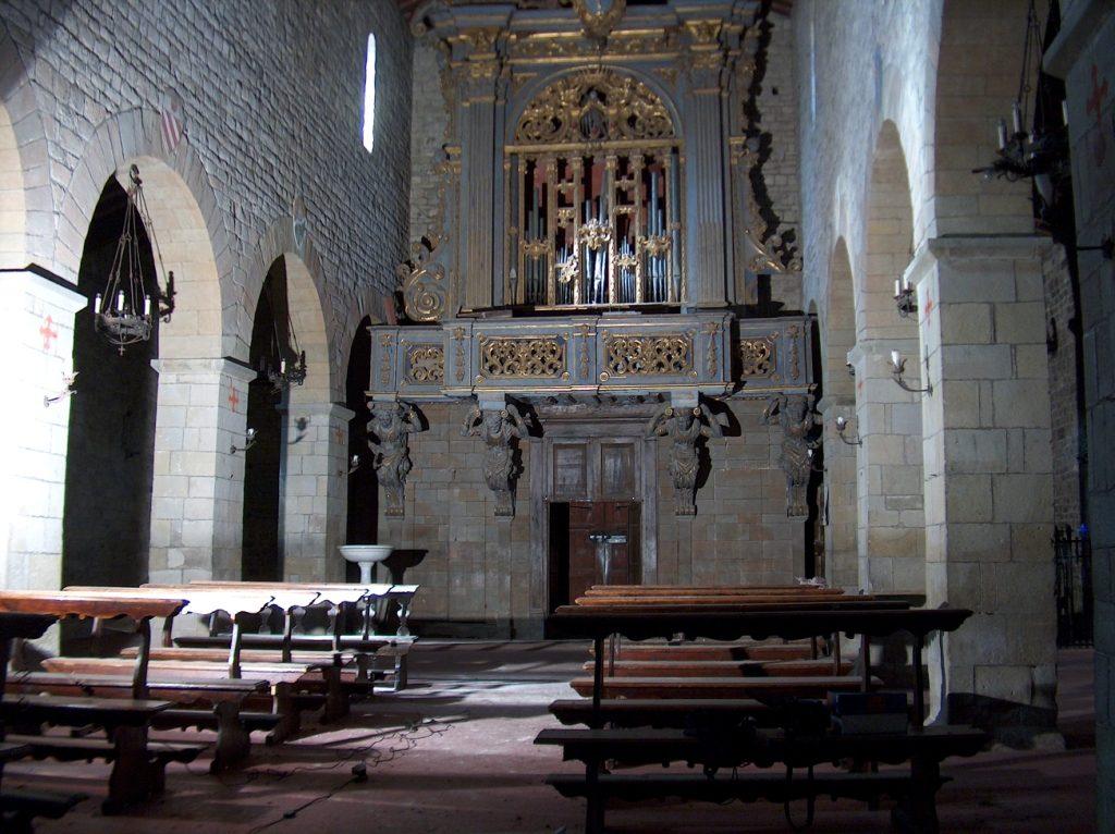 L'antico organo Stefanini quando era collocato nella pieve di Faltona