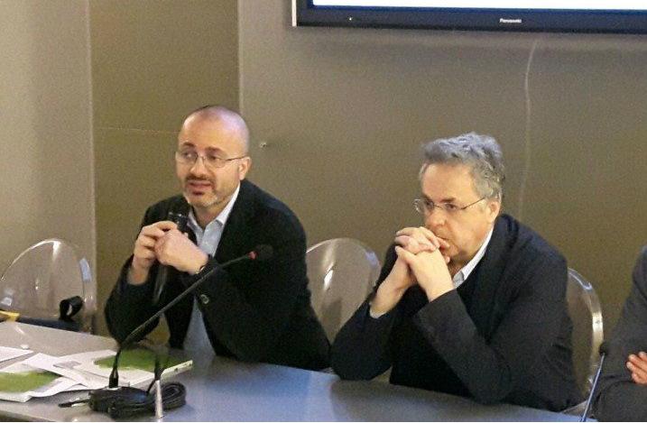 Leonardo Romagnoli (a destra), insieme a Giovanni Bettarini