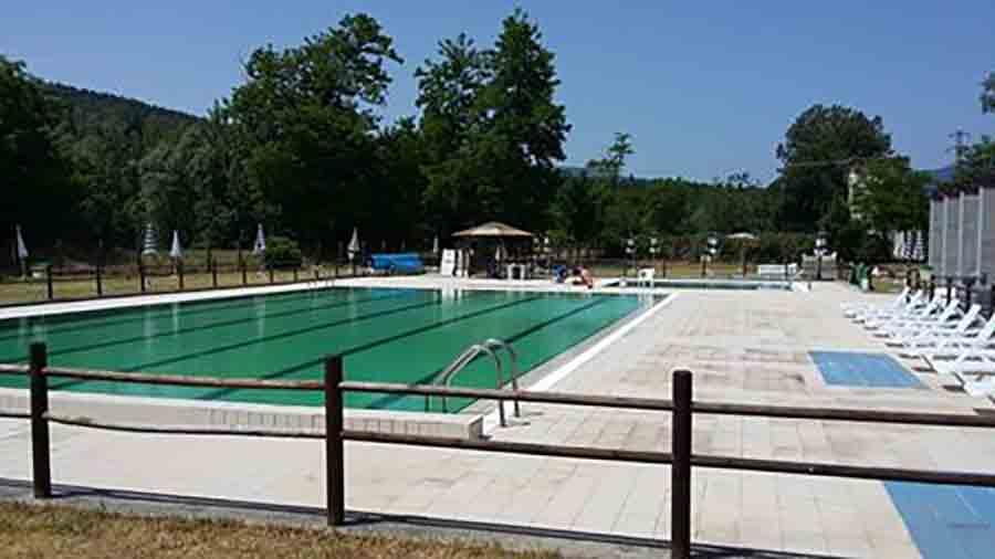 Il filo del mugello riapre la piscina comunale di firenzuola la gestir il tennis club - Piscina borgo san lorenzo ...
