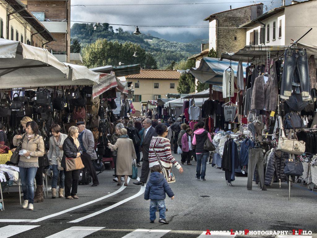 il mercato a borgo01