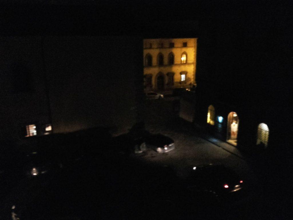 piazza del Popolo Borgo San Lorenzo al buio