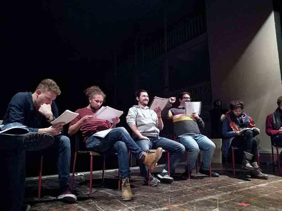 'Alla-fine-dei-giochi'-non-faremo-molto-rumore-per-nulla-spettacolo-teatro-3-