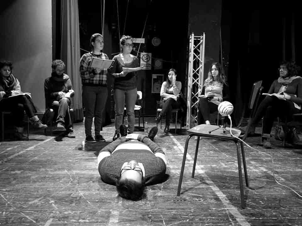 'Alla-fine-dei-giochi'-non-faremo-molto-rumore-per-nulla-spettacolo-teatro