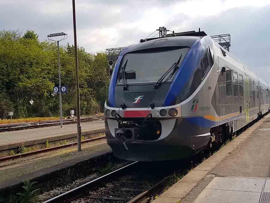 Stazione-Borgo-Treno