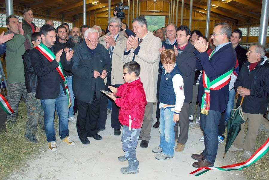 Foto di repertorio - Inaugurazione stalla Agri.Comes