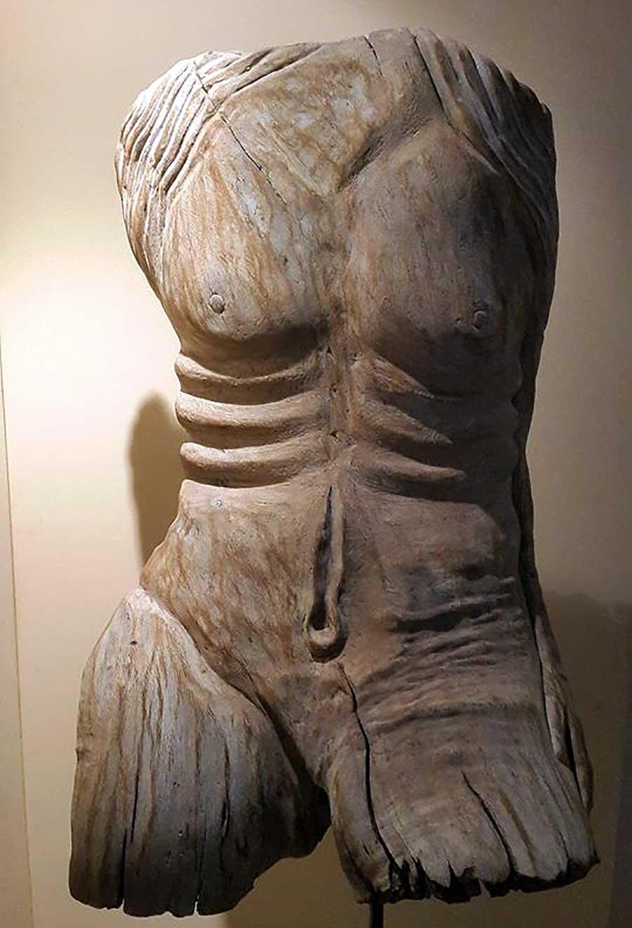 luca-mommarelli-legno-1
