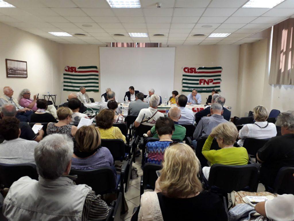 La sala piena, per la festa della Cisl a Borgo San Lorenzo
