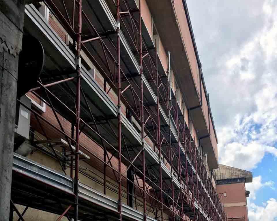 Ponteggi-ospedale-Borgo-San-Lorenzo