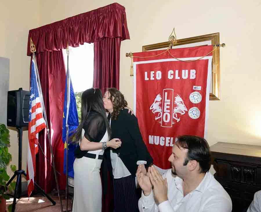 Consegna-campana-Leo-Club-2017