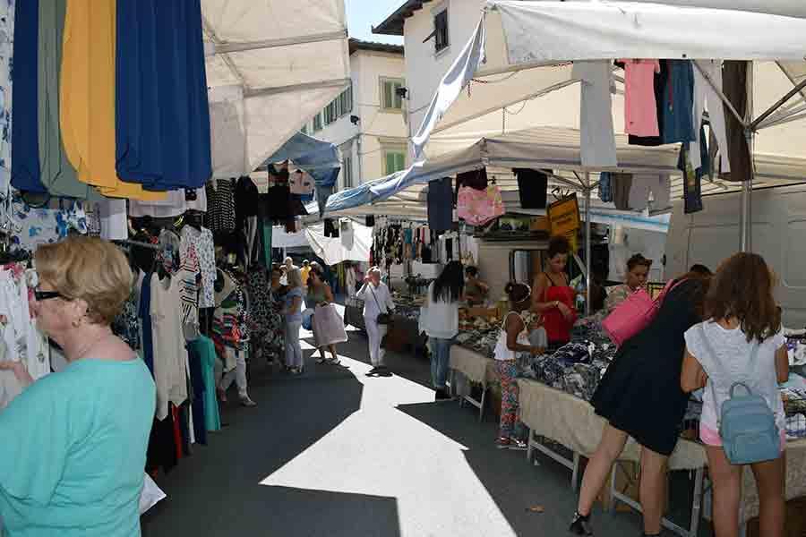 Mercato-Borgo-San-Lorenzo