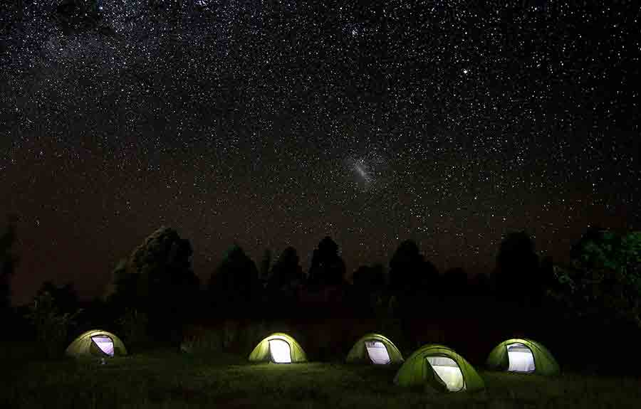 Risultati immagini per tenda campeggio stelle