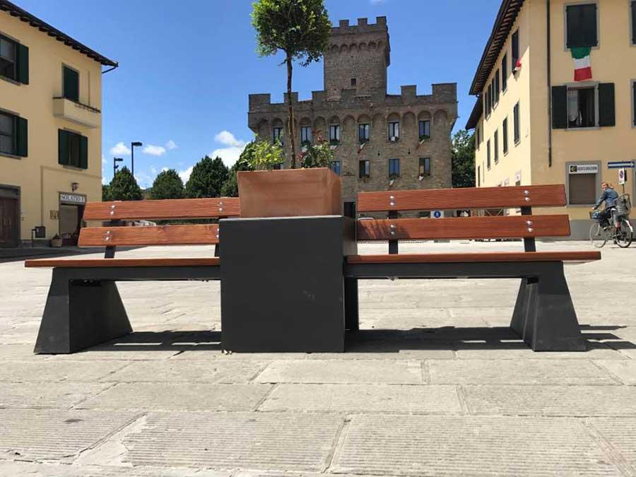 Il Filo Del Mugello Firenzuola Nuovo Arredo Urbano Nella Piazza
