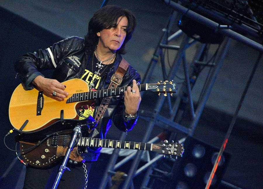 Maurizio Solieri della Steve Rogers Band
