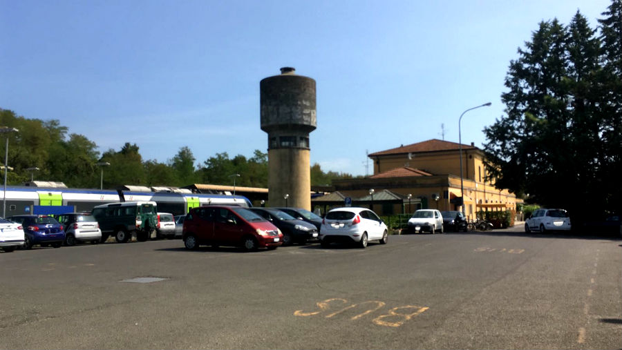 Parcheggio stazione 1