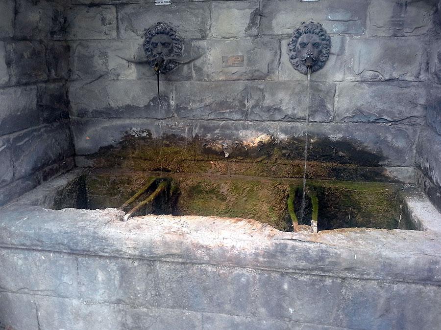 marradi-fontana-fontanone-chiesa