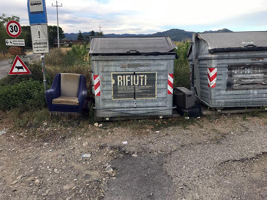 rifiuti-mal-conferiti-borgo-san-lorenzo-2017-1