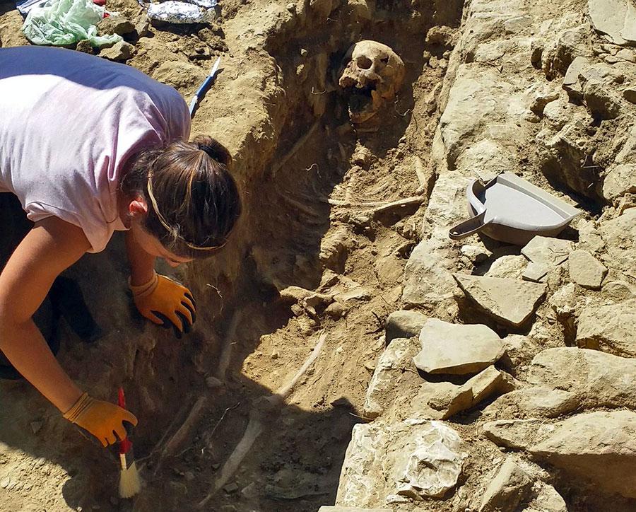 scheletro-montaccianico-scoperta-2017