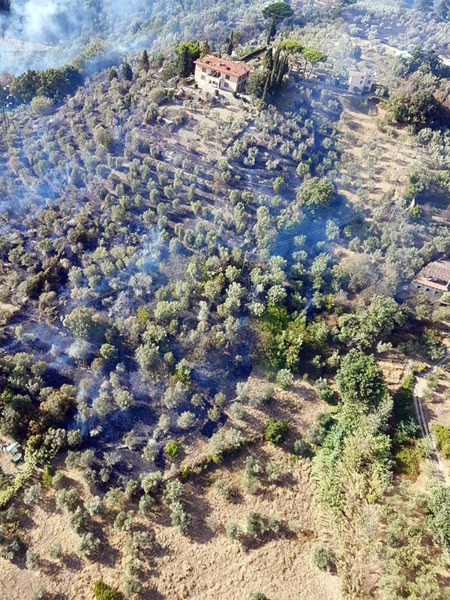 incendio-via-massoni-via-bolognese-bloccata-firenze-2-settembre-2017-1